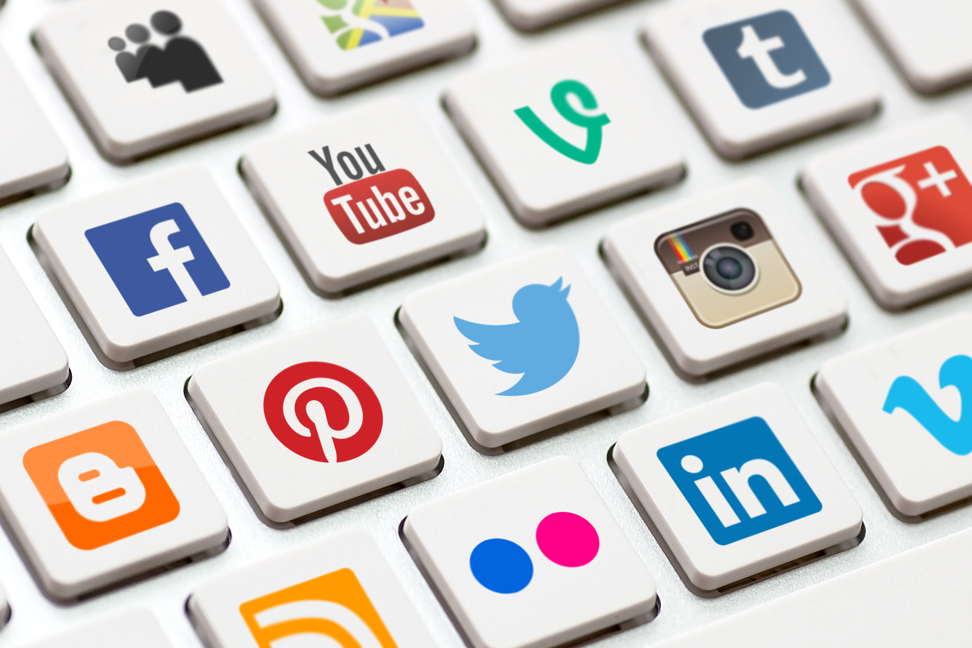How to use social media to find your next job